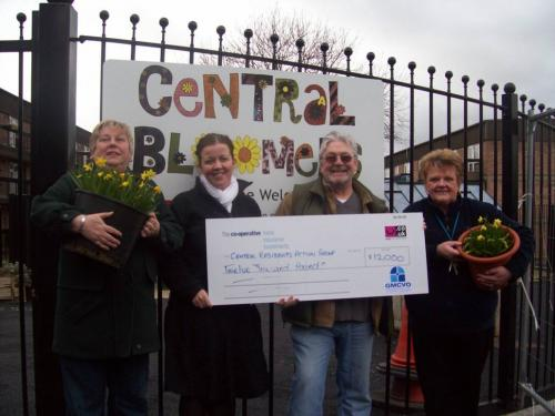 Gill Dixon Community Grants Officer at GMCVO with Central Bloomers